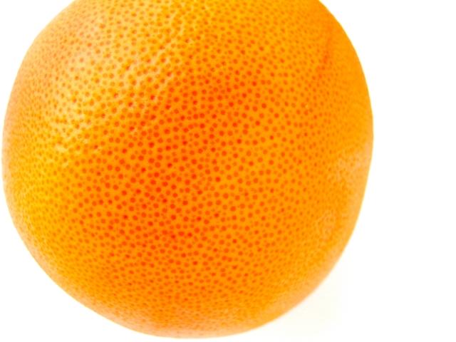 毛穴のように見えるオレンジ